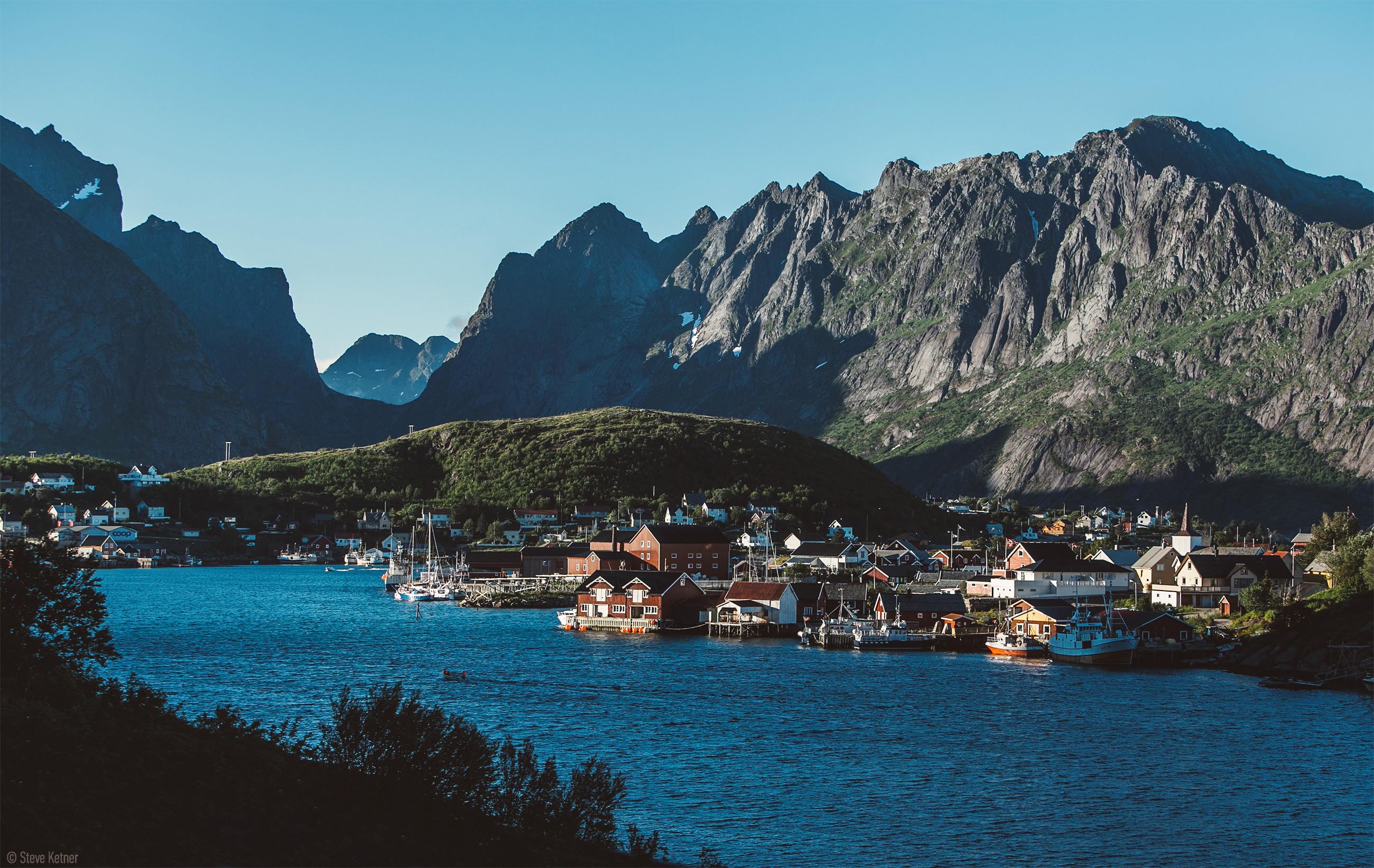 Steve Ketner - Reine City, Norway