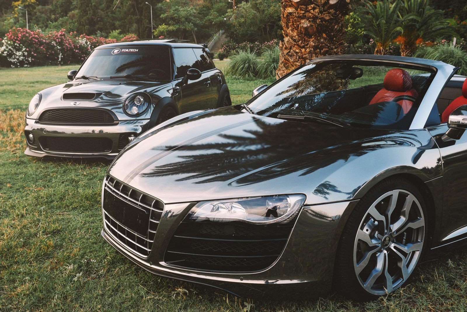 Black Chrome Audi R8 & Mini Cooper by Folitech